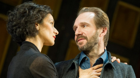 Indira Varma as Ann and Ralph Fiennes as John. Photo by Alastair Muir.